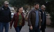 Antalyada FETÖ firarisi eski hakim ve savcı eşi vitrin arkasında yakalandı