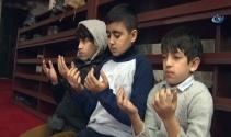 Mehmetçik için 90 bin camide dualar edildi