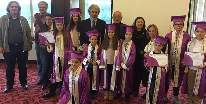 Maltepe Çocuk Üniversitesi üçüncü dönem mezunlarını verdi