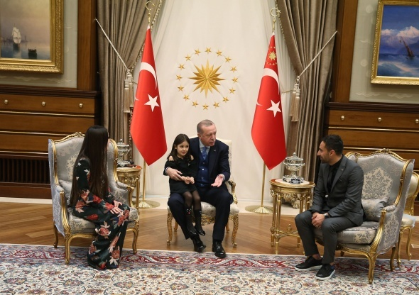 Cumhurbaşkanı Erdoğan, minik Irmak'ın gözyaşlarına kayıtsız kalmadı