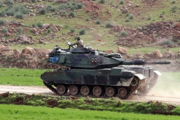 Türk ordusu kritik noktayı ablukaya aldı! Bölgede yoğun top atışları ve çatışmalar…