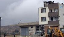 Kilis'te evin çatısına roket düştü