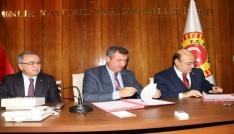 Burdur Özel İdarede sosyal denge tazminatı sözleşmesi imzalandı