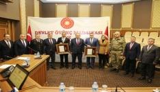 """Artvinde 15 Temmuz gazileri için """"Devlet Övünç Madalyası Ve Beratı Tevcih"""" töreni düzenlendi"""