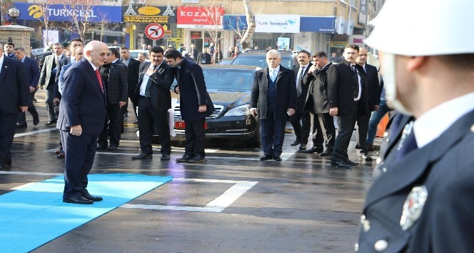 TBMM Başkanı Kahraman'dan Afrin harekatına karşı çıkanlara tepki