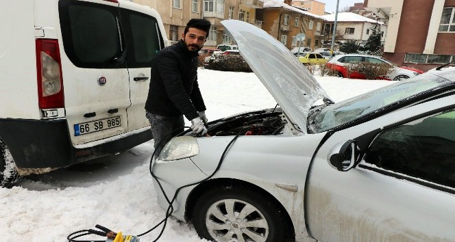 Kışın aracınızı iki kez 10'ar dakika rölantide çalıştırın