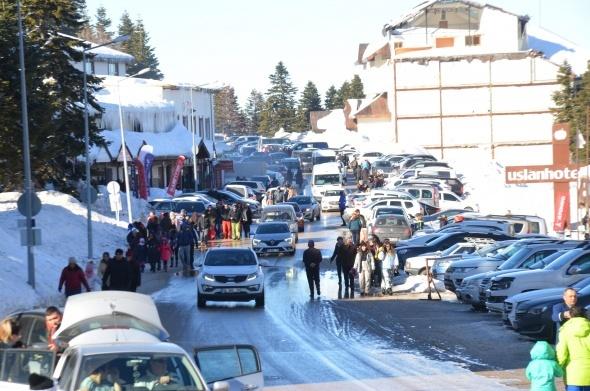 Vatandaşlar hafta sonunda Uludağ'a akın etti