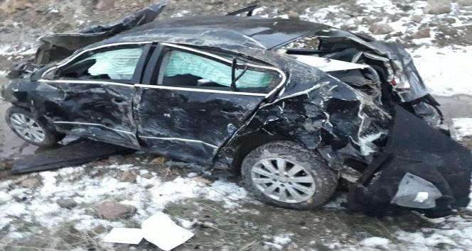 Sorgun'da otomobil devrildi: 4 yaralı