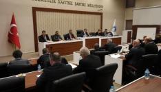 Meclis toplantısında 15 madde görüşüldü
