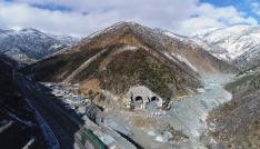 Yeni Zigana Tüneli inşaatında yüzde 41 seviyesine ulaşıldı