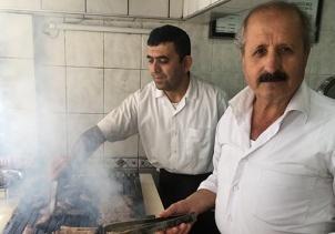 İzmirden Amerikaya kargoyla pişmiş köfte gönderiyor