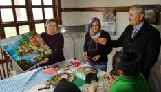 Başkan Karataş kadın kültür ve sanat merkezini inceledi