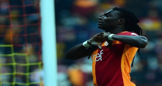 Gomis golü attı, sevincini Fatih Terimle paylaştı