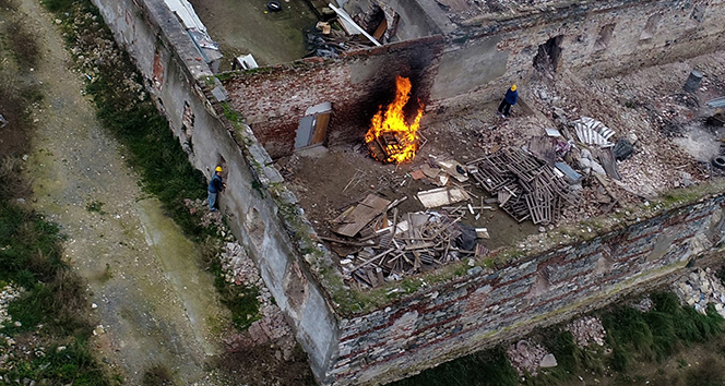 Restorasyon değil adeta tarihi eser cinayeti