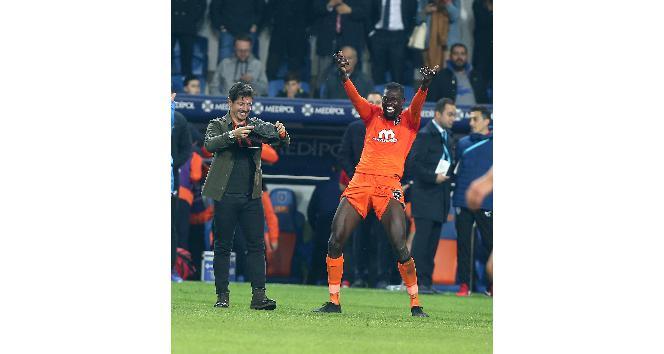 Adebayor, Fener'in golcülerini katladı