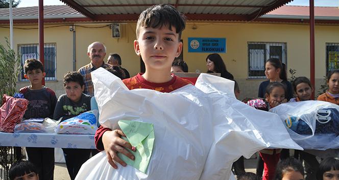 Öğrencilerden Mehmetçiğe duygulandıran hediye