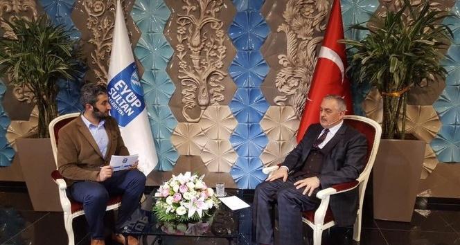 Eyüpsultan Belediye Başkanı Remzi Aydın sosyal medya üzerinden gelen soruları cevapladı