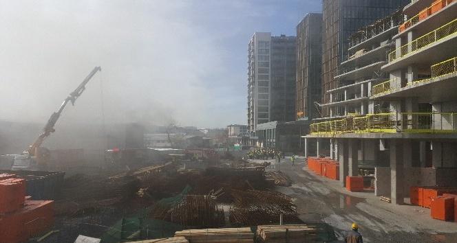 Ataköy'de inşaat işçilerin şantiyesinde yangın çıktı