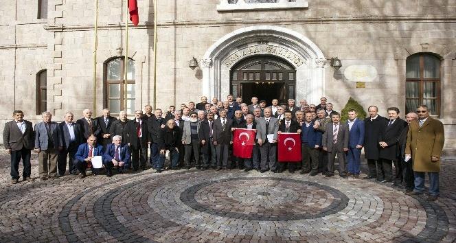 Başkent'te muhtarlar gönüllü askerlik için dilekçe verdi