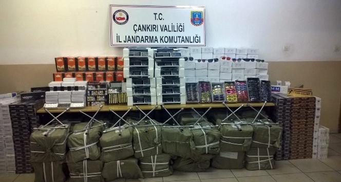 Çankırıda 850 bin TL değerinde kaçak malzeme ele geçirildi