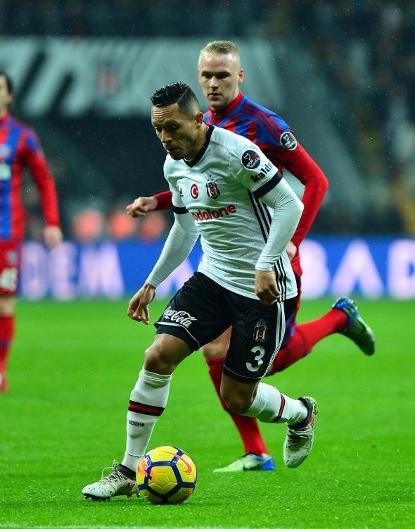 Beşiktaş Karabükspor Maçından Kareler