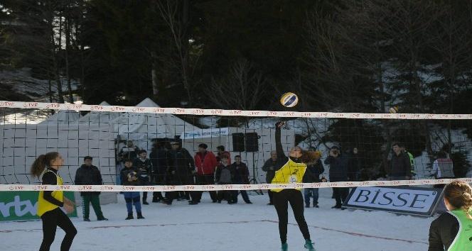 Artvinde Kar Voleybolu şampiyonası sona erdi
