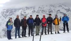 Hakkarili dağcılardan Vatan Tepesine tırmanış