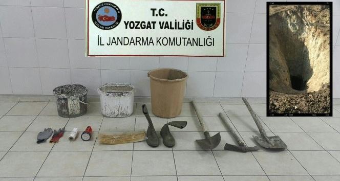 Yozgat'ta kaçak kazı yapan şüphelilere suçüstü