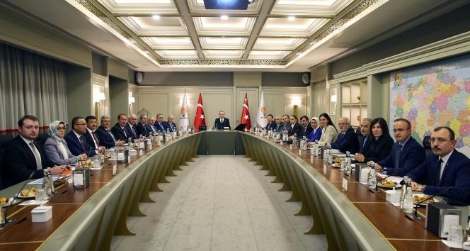 AK Parti MYK toplantısı Erdoğan başkanlığında başladı