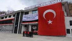 Zeytin Dalına destek için dev Türk bayrağı astılar