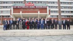 Rizeli Muhtarlardan ÇAYKUR Genel Müdürü İmdat Sütlüoğluna destek ziyareti