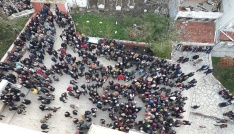 Uzunköprüde Umreye giden 142 kişiyi yüzlerce kişi uğurladı