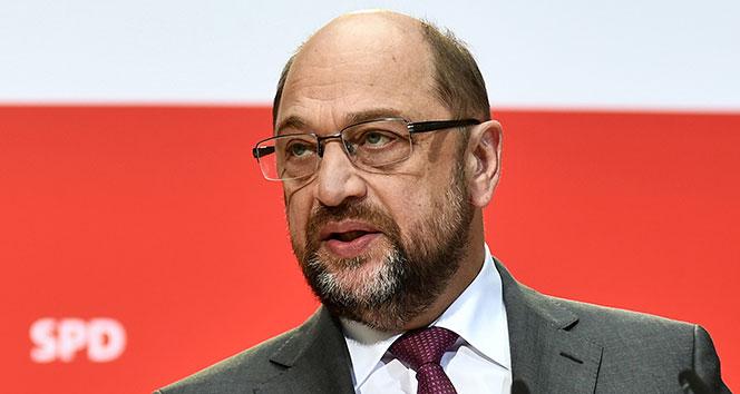 Almanyada SPD Genel Başkanı Martin Schulz istifa etti
