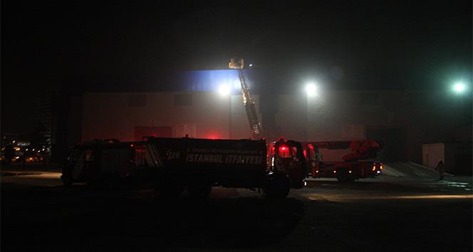 İstanbulda Fuar Merkezinde yangın