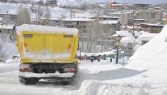 Hakkaride 3 köy ile 8 mezra yolu ulaşıma kapandı