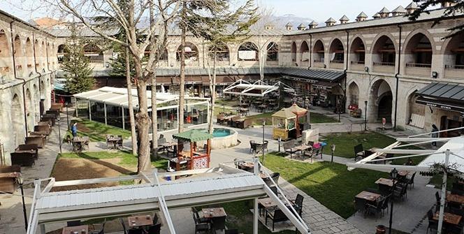 Türkiye'nin en büyük 5 hanından birisi Taşhan 400 yıldır esnafa ev sahipliği yapıyor