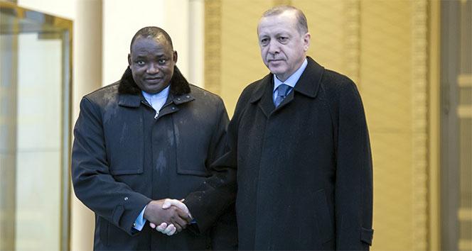 Cumhurbaşkanı Erdoğan, Gambiya Cumhurbaşkanını karşıladı