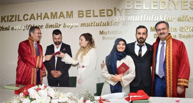 Evlenmek için 14 Şubat'ı seçtiler