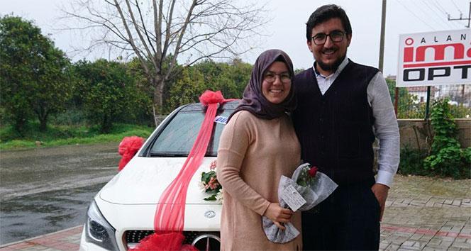 10 aylık eşe 200 bin TLlik Sevgililer Günü hediyesi