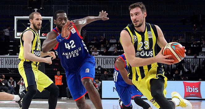 Anadolu Efes Fenerbahçeyi geçip yarı finale yükseldi
