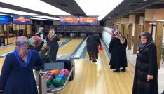 Hayatlarında ilk kez bowling oynadılar