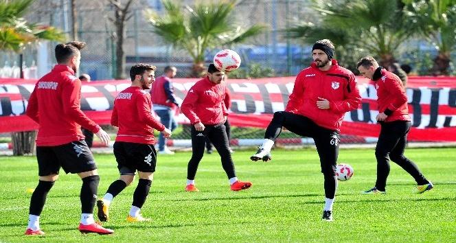 Samsunspor ile Altınordu 14. randevuya çıkacak