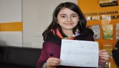 Minik öğrenciler harçlıklarını Mehmetçik Vakfına bağışladı