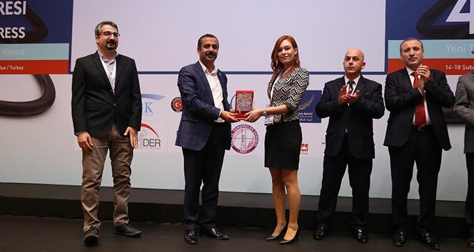 Kilis Devlet Hastanesine yılın hastanesi ödülü