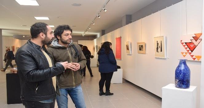 """Anadolu Üniversitesinde """"Sevgi ve Hoşgörü"""" temalı sergi"""