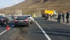 Elazığda zincirleme trafik kazası: 4 yaralı