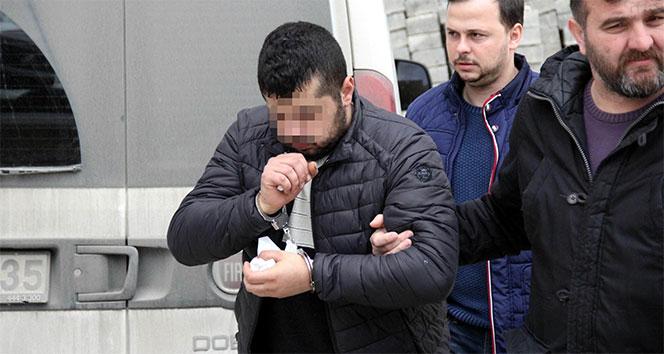 Gözaltındaki arkadaşına döner ekmek arası uyuşturucu hap