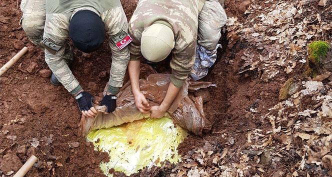 Tuncelide 4 sığınak imha edildi, 470 kilo amonyum nitrat ele geçirildi