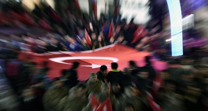 Gümüşhane caddeleri Şehitler ölmez vatan bölünmez sloganlarıyla inledi