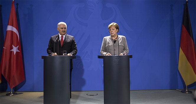 Başbakan Yıldırım ile Merkel görüşmesinden sonra önemli açıklamalar
